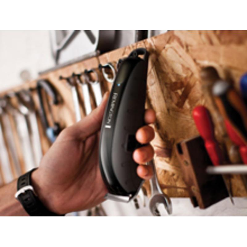 Remington HC5880 Indestructible Zastřihovač vlasů