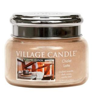 Village Candle Malá vonná svíčka ve skle Chalet Latte 262g - Latté v horské boudě