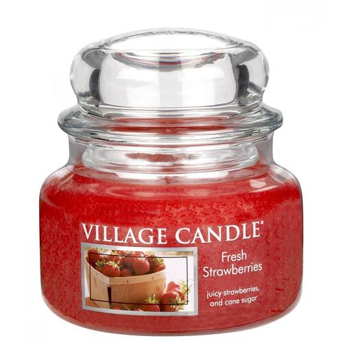 Village Candle Fresh Strawberries 262g - malá vonná svíčka ve skle Čerstvé jahody