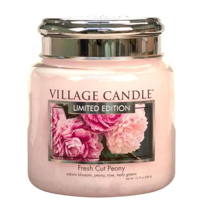 Village Candle Střední vonná svíčka ve skle Fresh Cut Peony 397g - Pivoňky