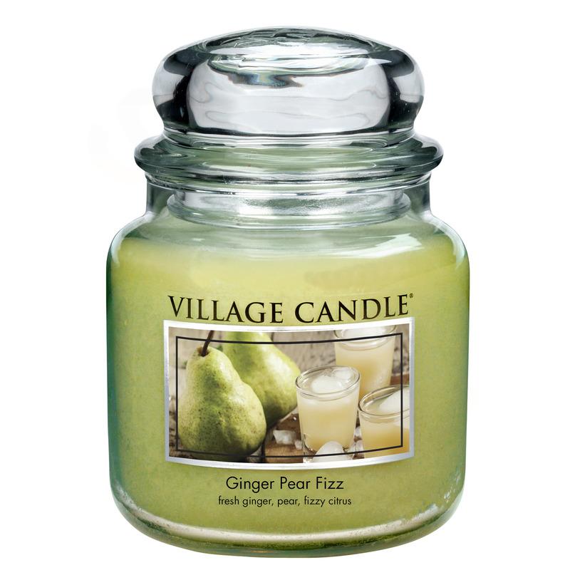 Village Candle Střední vonná svíčka ve skle Ginger Pear Fizz 397g - Hruškový fizz se zázvorem