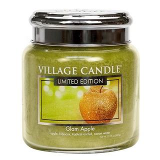 Village Candle Střední vonná svíčka ve skle Glam Apple 397g - Šťavnaté jablko