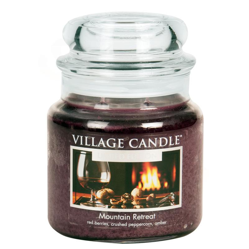 Village Candle Střední vonná svíčka ve skle Mountain Retreat 397g - Víkend na horách