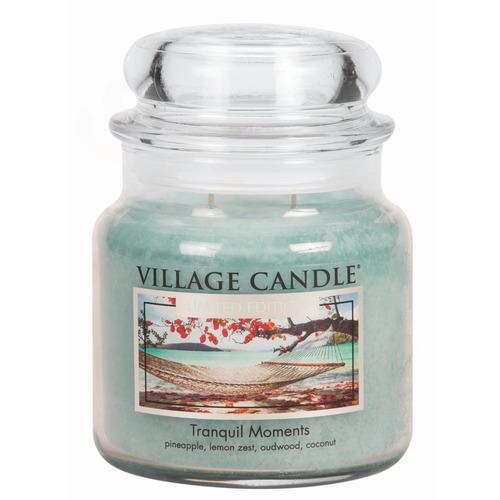 Village Candle Tranquil Moments 397g - střední vonná svíčka ve skle Jedinečné okamžiky