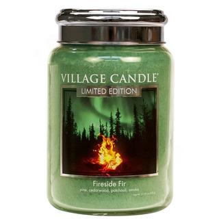 Village Candle Velká vonná svíčka ve skle Fireside Fir 645g - Táborák z jedlí