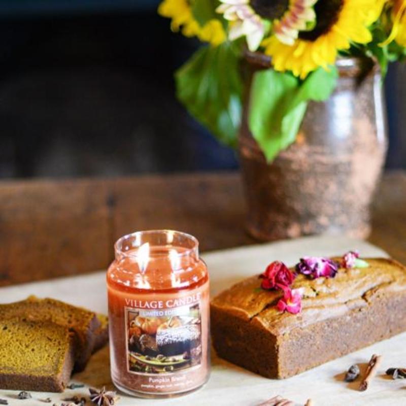 Village Candle Votivní svíčka Pumpkin Bread 57g - Dýňový chléb